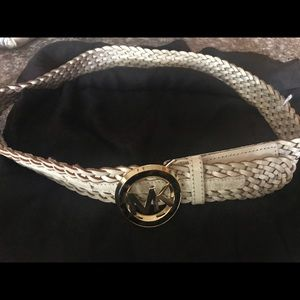 White belt medium